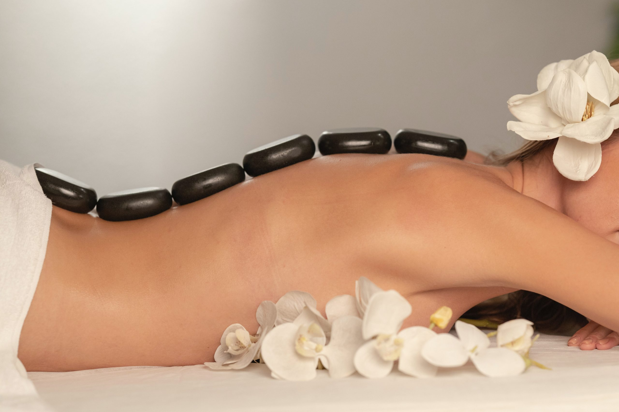 What does a good erotic massage consist of?